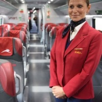 Italo assume hostess e steward e chiede un video-curriculum